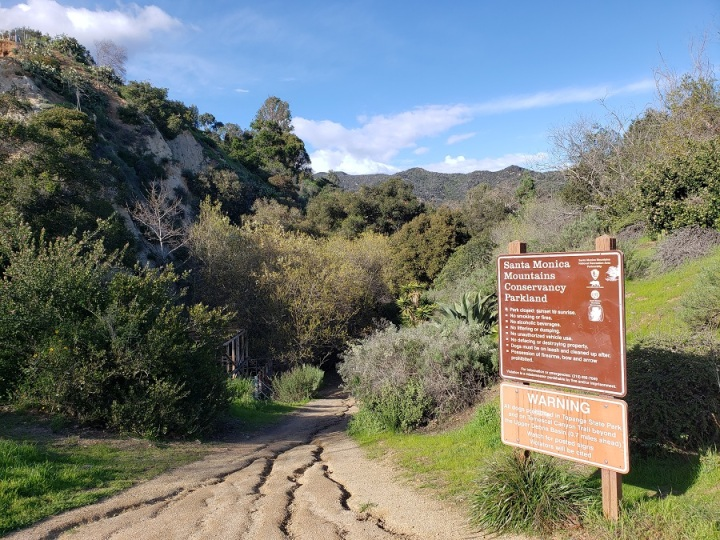 Temescal Canyon Trail