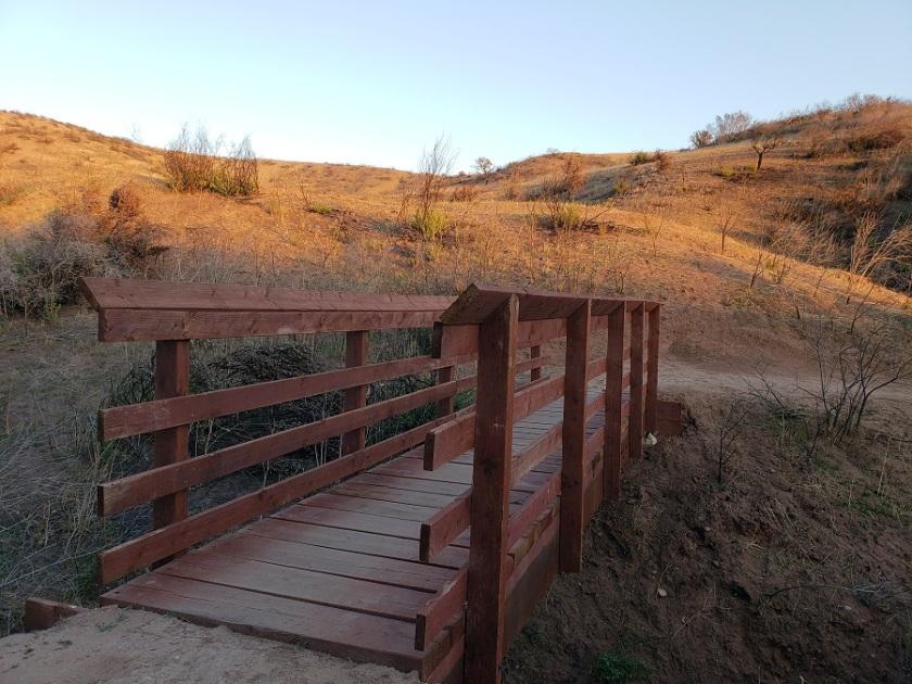 Coachwhip Trail, Santiago Oaks Regional Park