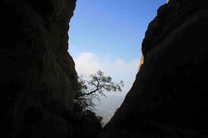 Sky between the rocks on the Hummingbird Trail