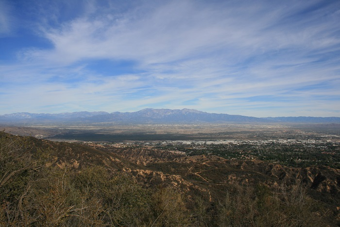1:00 - View of the San Gabriels from Skyline Drive
