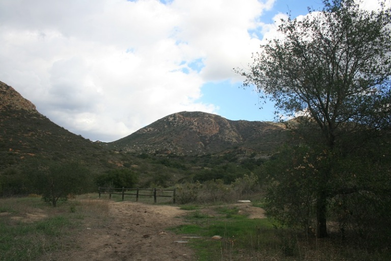 Pyles Peak from the Oak Grove Trail, Mission Trails Regional Park, San Diego, CA